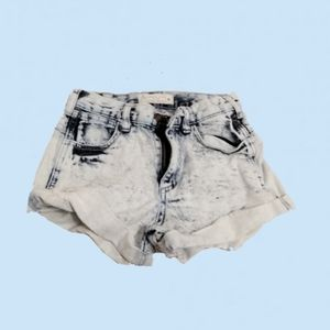 Cute Size 0 Angel Kiss Denim Shorts for Women
